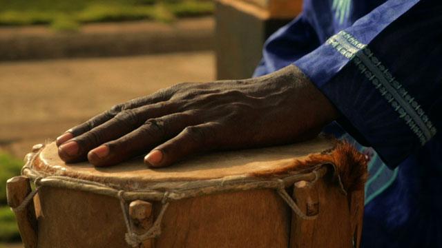 La proie pour l'ombre - Image La Beninoise - Clip