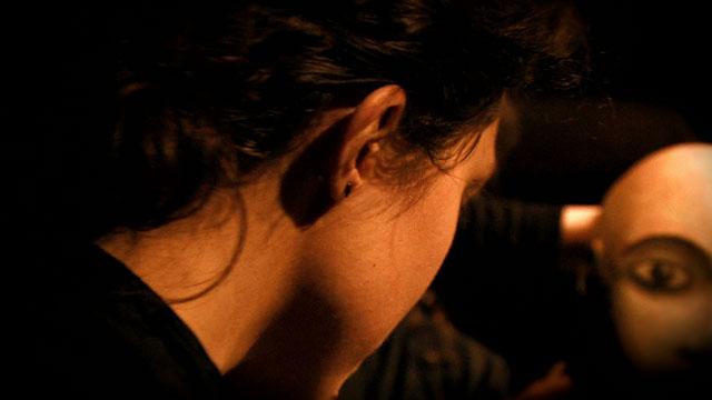 La proie pour l'ombre - Image Théâtre aux Mains Nues